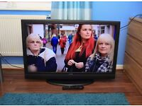 """FULL HD 42"""" LCD TV, Built in FREEVIEW, with remote and stand, EXCELLENT CONDITION"""
