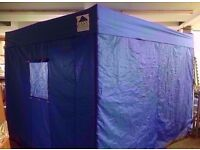 Expandable frame tent W:2.90cm x D:2.90cm in good condition
