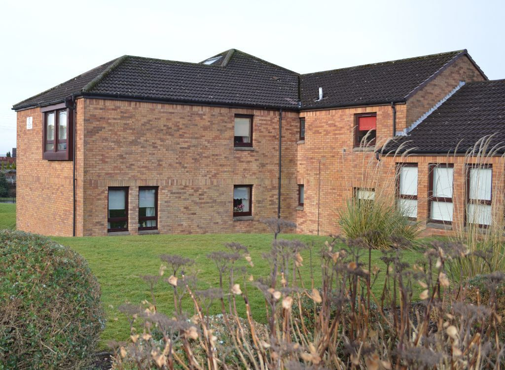 Modern, high quality and affordable retirement flat available now