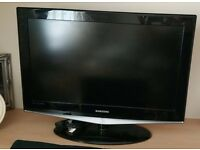 Samsung LE32R74BDX - 32'' Widescreen HD Ready LCD Television With Freeview