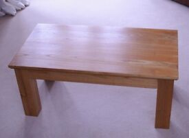 Solid Wood Coffee Table (Rubberwood/Mango Wood)