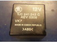 Skoda Octavia MK1 1U 98-04 central locking relay 1U0 941 243 C 1U0941243C ABS