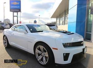 2015 Chevrolet Camaro ZL1, Heated Leather, Sunroof, 6 Speed Manu