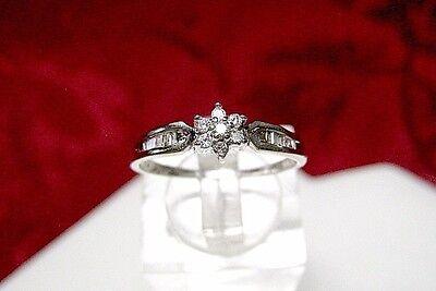 10K WHITE GOLD .20 CTW DIAMOND ROUND & BAGUETTE CLUSTER FLOWER RING SIZE 7 Baguette Diamond Flower
