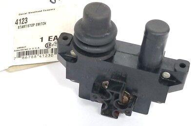 Woodhead 4123 Pushbutton Startstop Saddle Switch 40-100022 289927