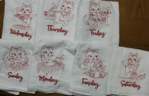 KITTENS Days of the Week Embroidered Floursack Towel Set New