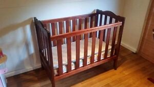 Beautiful cot, change table, dresser and feeding chair set Dover Gardens Marion Area Preview