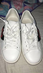 AUTHENTIC GUCCI ACE EMBROIDERED LOW TOP SNEAKER
