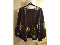 Kimono Black With White/green Flowers