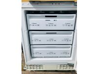 **SIEMENS FREEZER**FULLY WORKING**INTEGRATED**COLLECTION\DELIVERY**NO OFFERS