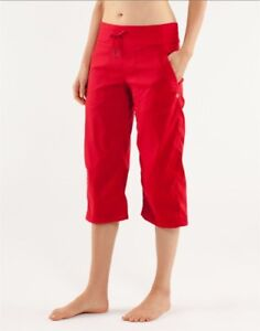 LULULEMON Dance Studio Pant cropped unlined Red Size 4