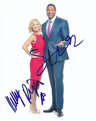 Kelly Ripa   Michael Strahan Signed Autographed Photo
