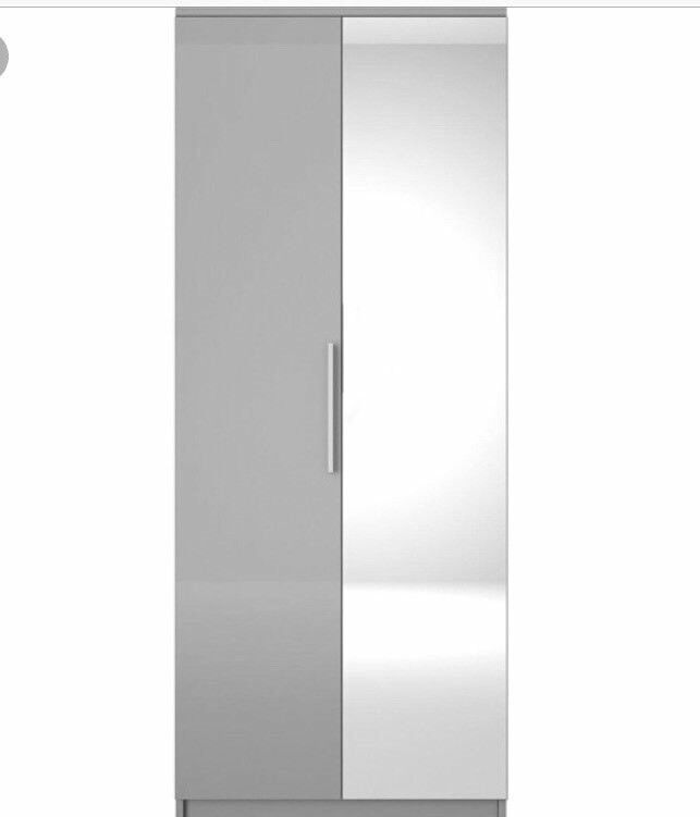Prague Gloss 2-Door Mirrored Wardrobe (Brand New Flat pack)