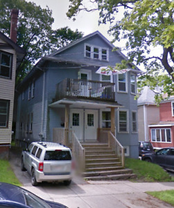 4 bedrooms flat May 1st beautiful,block from Dal/kings college