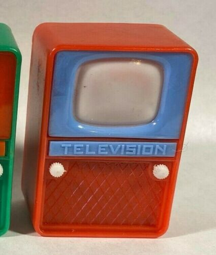 Vintage Television TV Nudie Girlie Peeper Novelty Viewer Toy - Hong Kong - RED