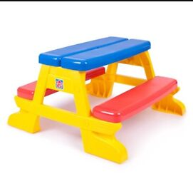 Grow n' up picnic bench