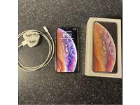 iPhone XS 64gb gold UNLOCKED