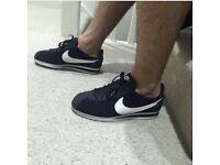 Nike Classic cortez trainers. UK6