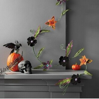 Hyde and Eek Boutique Target Halloween Creepy Felt 6 Foot Garland NEW