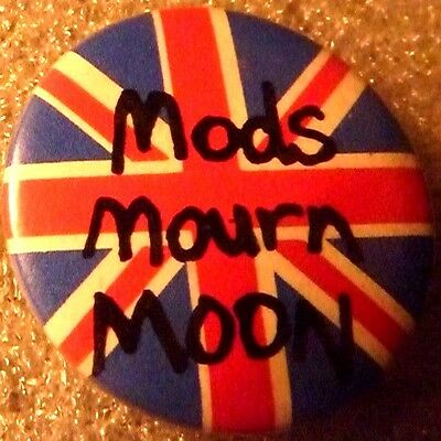 """MODS MOURN MOON"""", Vintage"""" 1970's -1980's Button/Badge 1 """""""