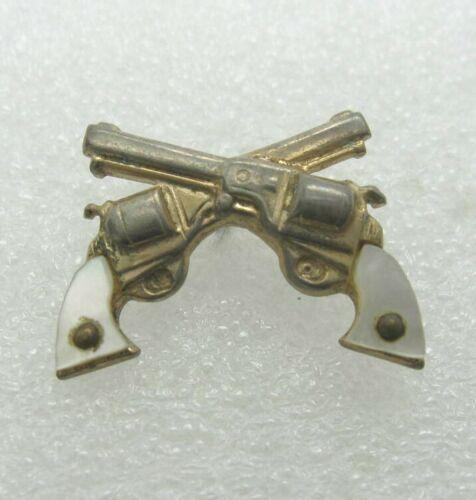 Crossed Revolver Lapel Pin (A829)