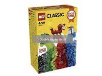 Lego 10704 BNIB 900 piece