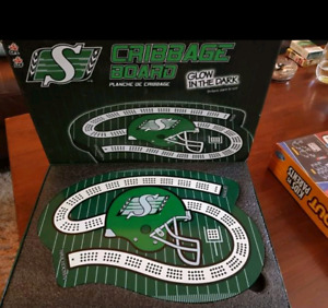 Limited edition Saskatchewan ROUGHRIDERS Cribbage Board
