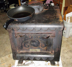 Earth Stove 1000 series early 1980's american cast iron w/b stov Prince George British Columbia image 1