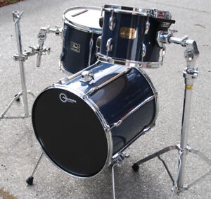 PEARL EXPORT JUNGLE GIG DRUMS