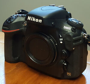 NIKON D800 Body with LOW Shutter Count