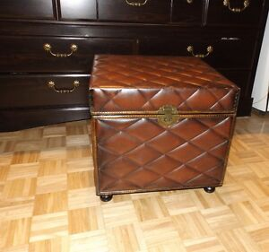 Coffre,Storage Chest,Side table West Island Greater Montréal image 4