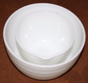 1 Large 1 Small Ribbed Milk Glass Pyrex Bowls