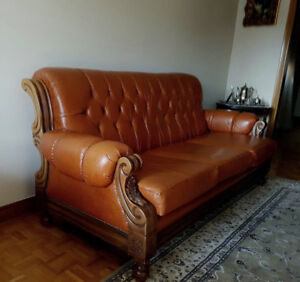 TOP OF THE LINE HARD WOODEN LEATHER SOFA SET VALUE $10000