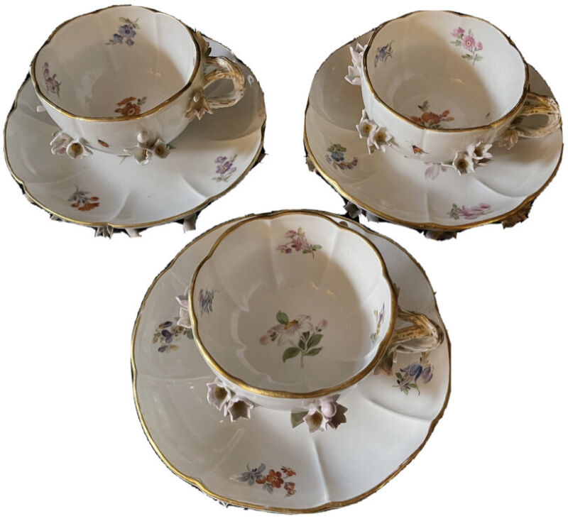 3 Beautiful Meissen porcelain Cups And Saucers Crocus Encrusted Flowers Insects