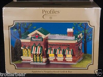 Dept 56 Snow Village Applebees Neighborhood Grill   Bar Profiles Limited Ed