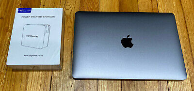 Apple MacBook (Retina, 12-inch, Early 2016) 1.1 GHz i5 8GB RAM 256 GB SPACE GREY