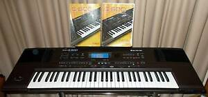 ROLAND E600 keyboard & Manual & Pattern Discs & Original Brochure Drysdale Outer Geelong Preview