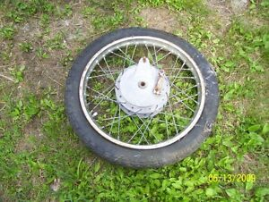 18 inch motorcycle wheel 3.0-18 with brake hub good Dunlop tire
