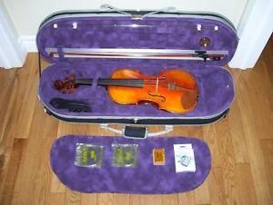 A beautiful 4/4 birds eye maple violin. St. John's Newfoundland image 2