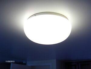 lumière fluorescente