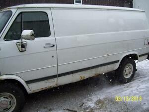 GMC VANDURA      FULL SIZE VAN PARTS 1980 1995