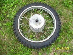 Can Am TNT 175 18 inch wheel wih Dunlop tire