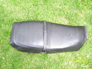 Suzuki GS400 motorcycle seat