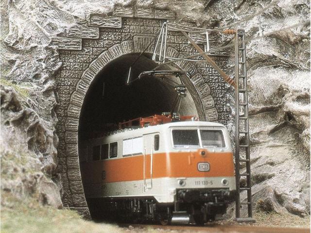 Busch 8191 - E-Lok-Portale N - Spur N - NEU