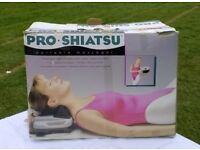 Pro.Shiatsu, massages neck, shoulders, arms, back calves
