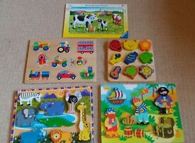 Selection of 4 chunky wooden puzzles and a 15 piece puzzle suitable for age 1-3 very good condition
