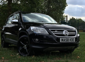 Volkswagen Tiguan R-Line Style 4x4 SUV TDI 4 Motion Diamond black Chrome pack 1yr MOT fully loaded!