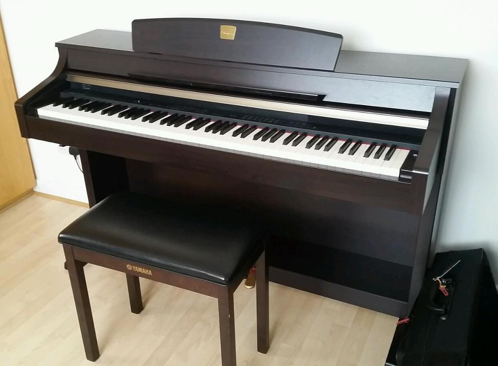 yamaha digital piano clavinova clp 340 in southgate london gumtree. Black Bedroom Furniture Sets. Home Design Ideas