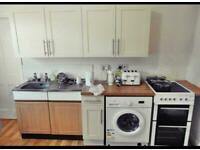 1st FLOOR large 1 BED FLAT
