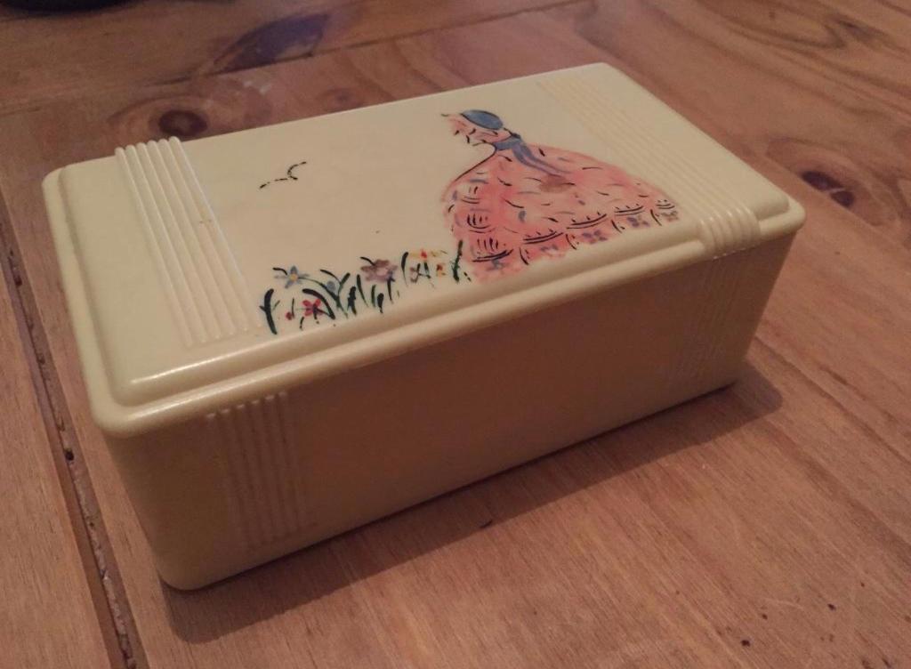 Kleeware box